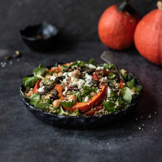 Kuskusový salát s pečenou dýní a sýrem feta