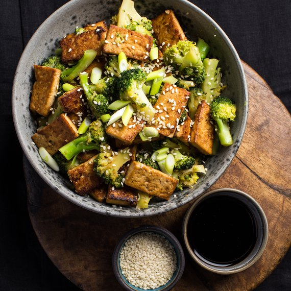 Směs s tofu a brokolicí