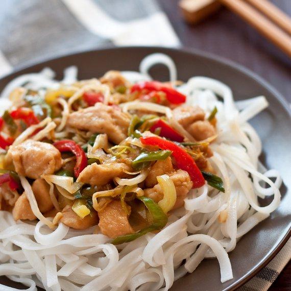 Zeleninová směs se sójou a ryžovými nudlemi