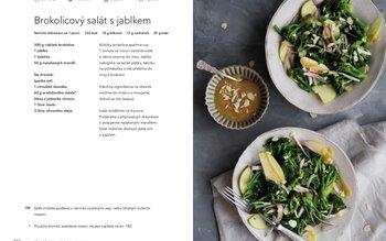 Brokolicový salát s jablkem