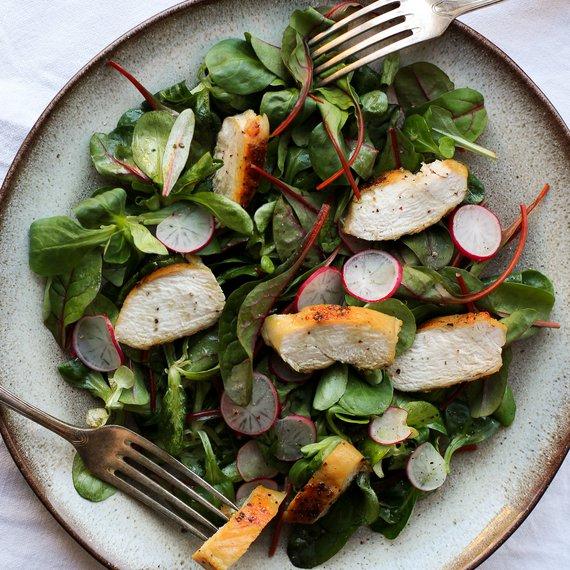 Kuřecí salát s ředkvičkami