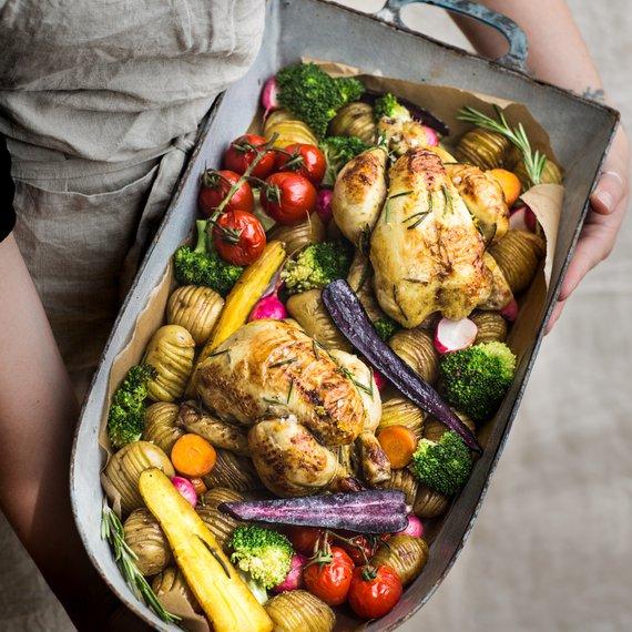 Pečené kuře se zeleninou z jednoho plechu