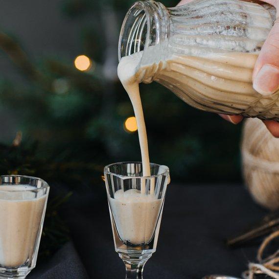 Vaječný koňak z kokosového mléka