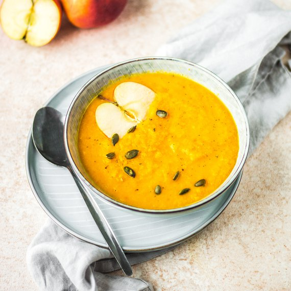 Dýňovojablečná polévka