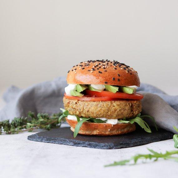 Hamburger z tuňáka