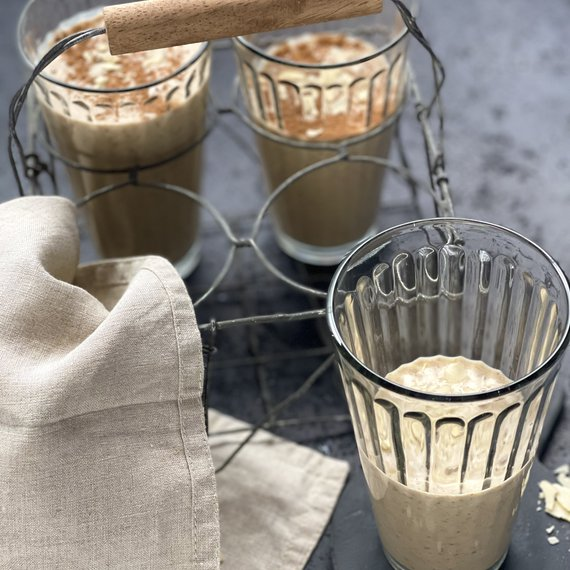 Podzimní milkshake s datlemi