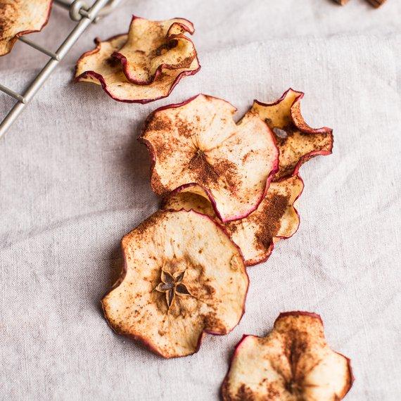 Jablkové čipsy so škoricou