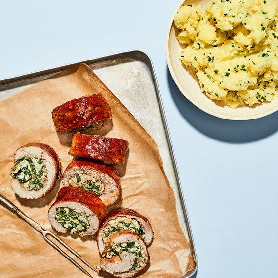 Telecí roláda se špenátem a šťouchanými bramborami