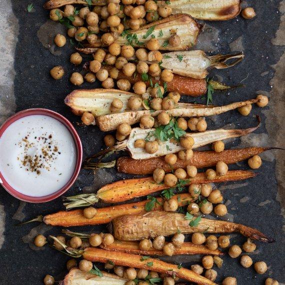 Pečená kořenová zelenina s cizrnou