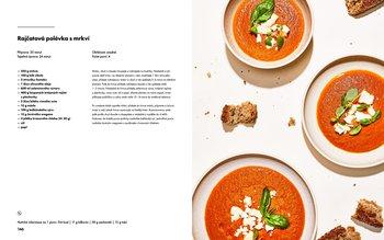 Rajčatová polévka s mrkví
